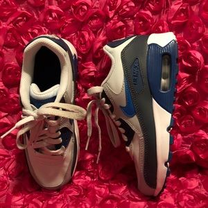 Nike Kids Air Max 90 Leather GS Running Shoe